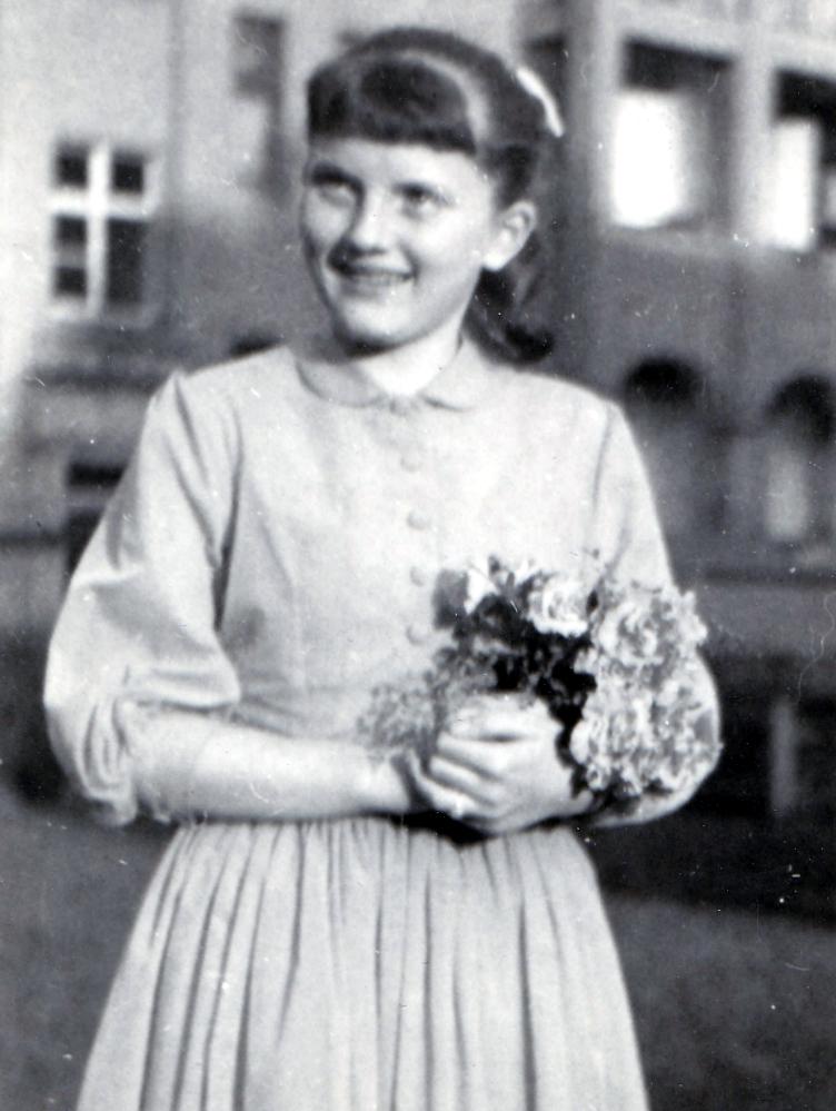 Jugendweihe Oma Elfriede 1958, Foto: privat